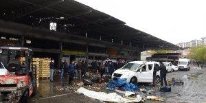 VİDEO - Diyarbakır Sebze ve Meyve Hali'ndeki patlamanın kamera görüntüleri