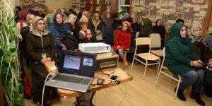 Diyarbakır Büyükşehir Belediyesi'nden kadın hakları eğitimi