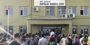 Siirt Kurtalan'daki okul müdürü açığa alındı