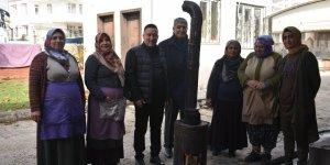 Beyoğlu'ndan kadın pazarcılara destek ziyareti