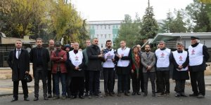 Diyarbakır'daki STK'lardan cezaevlerinde yaşanan hak ihlallerine ortak açıklama