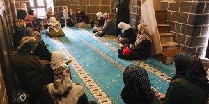 Diyarbakır'a gelen 3 turist Müslüman oldu