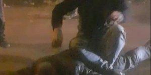 Hırsızı yakaladı, üzerine oturup polis bekledi