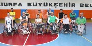 Tekerlekli sandalye basketbolu ile hayata tutundu