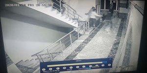 VİDEO - Diyarbakır'da deprem anı kameralarda
