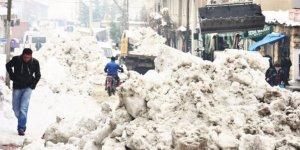 Şırnak'ta su şebekesi dondu