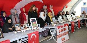 VİDEO - HDP önündeki ailelerin evlat nöbeti 176'ncı gününde