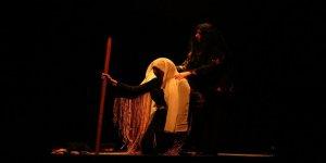 Büyükşehir Belediyesi 'Lotus' Oyununu Sahneledi