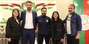 Amed Sportif Faaliyetlerin kadın teknik direktörü Yakut oldu