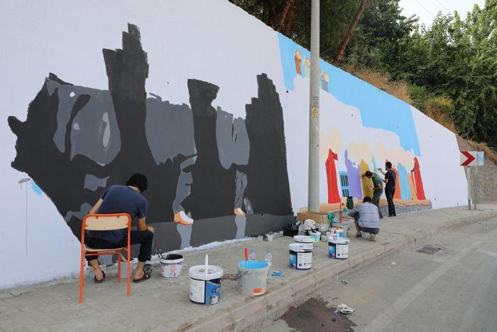 diyarbakir'da-caddeler-grafiti-ile-susleniyor.jpg