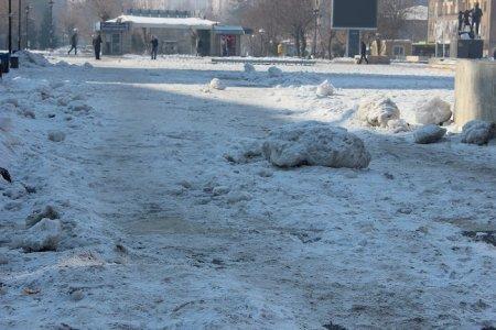 diyarbakir'daki-kar-'doga-olayi'-mi-'belediyenin-eksikligi'-mi-(7).jpg