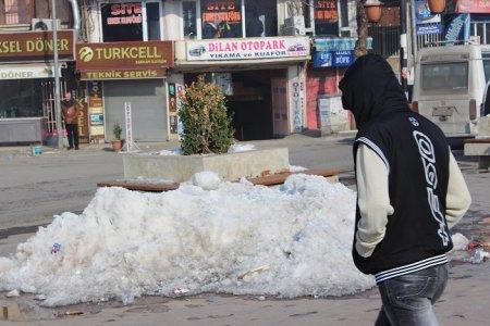 diyarbakir'daki-kar-'doga-olayi'-mi-'belediyenin-eksikligi'-mi-(8).jpg