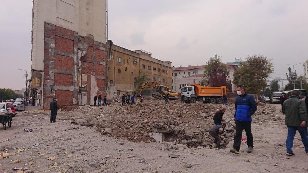 diyarbakir-eski-orduevi.jpg