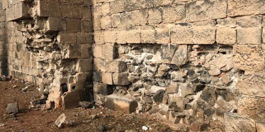 diyarbakir-kalesinden-bir-tas-almak-da-tarihi-eser-kacakciligidir-(2).jpg
