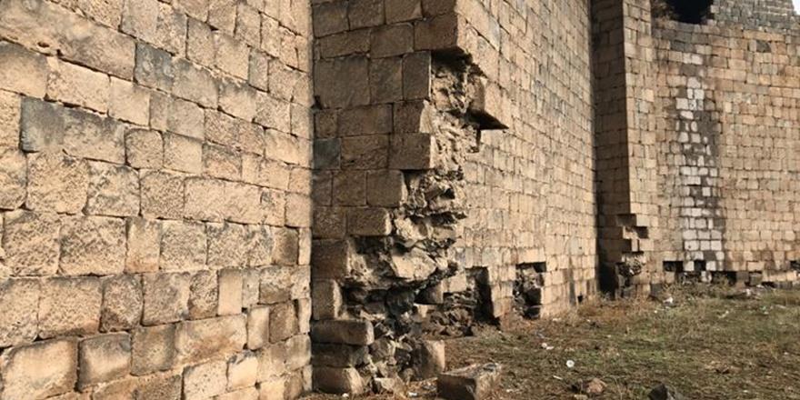 diyarbakir-kalesinden-bir-tas-almak-da-tarihi-eser-kacakciligidir-(3).jpg
