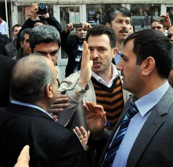 diyarbakirda-28-subat-protesto-edildi---(1).jpg
