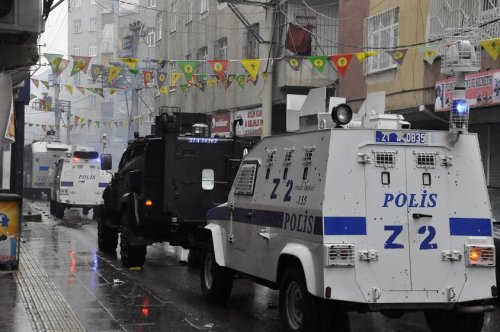 polis-mudahalesi--(1).jpg