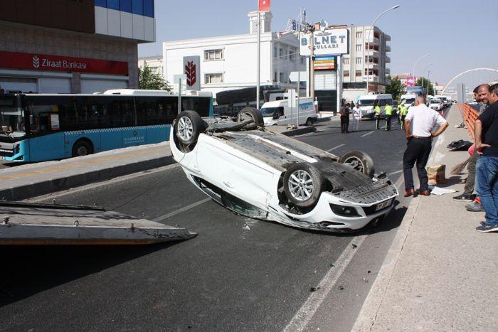 sanliurfa-karayolunda-trafik-kazasi-5-yarali-001.jpg