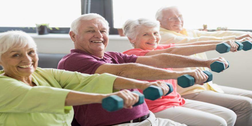 seniors-using-weights_107420-36470.jpg