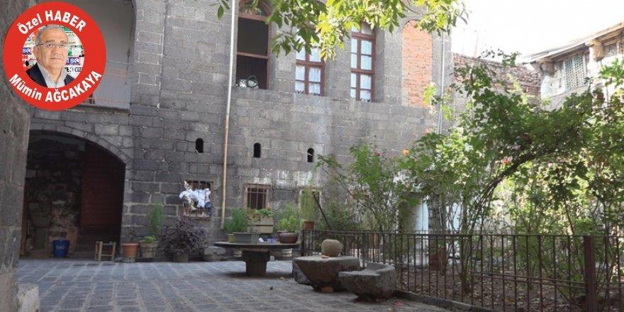 Diyarbakır'ın ilk okulu ev oldu