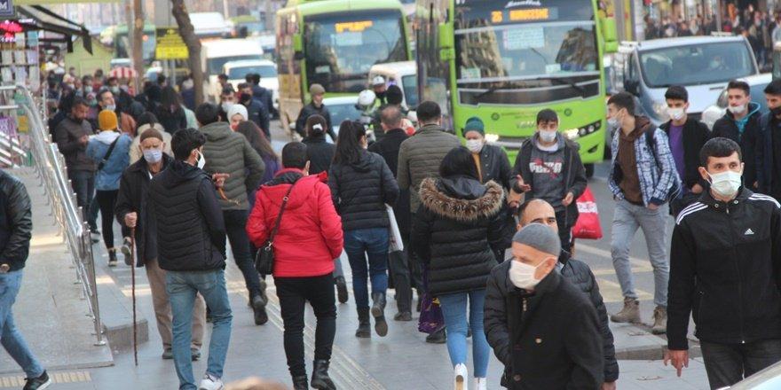 Diyarbakırlı vatandaşların asgari ücret yorumu: Yetmez ama iyi