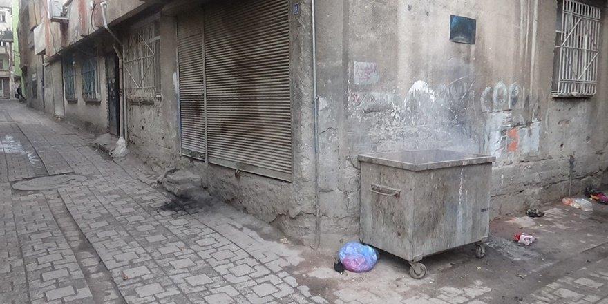 Diyarbakır'da çöp konteynerinde bebek cesedi bulundu